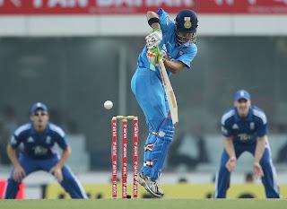 Gautam-Gambhir-3rd-ODI-v-ENGLAND-2013