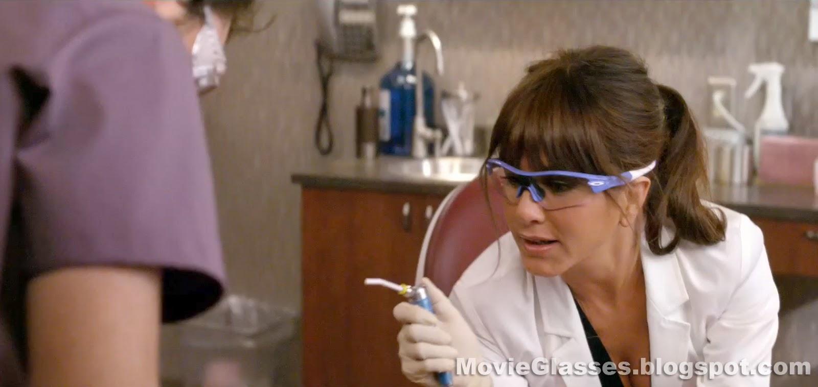 oakley radar safety glasses vd05  Jennifer Aniston in Horrible Bosses wearing Custom Oakley Radar Glasses