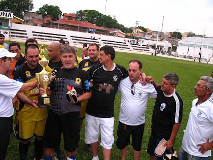 Entrega dos Troféus de Campeão e Vice-Campeão do 1º Torneio de Confraternização