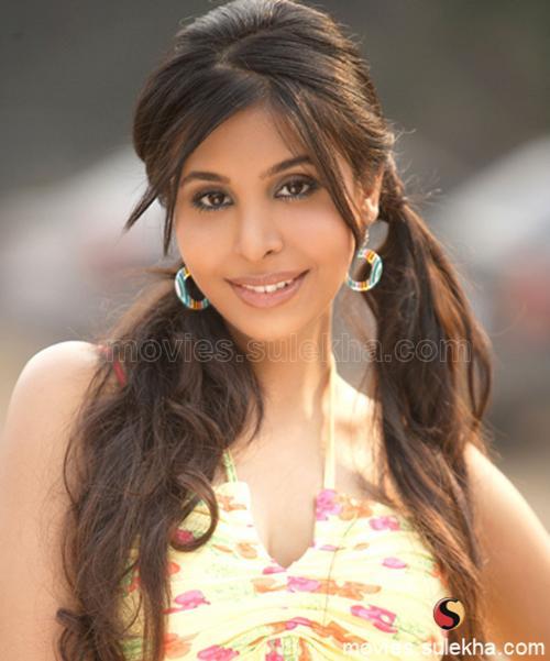 sophiya chaudhary hot porn pics