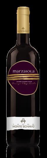 packaging marketing labelling lettering italia marche vino rosso design etichette
