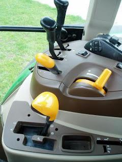 5620.10 748696 Tractor John Deere 5620 71Cp 2007 750h