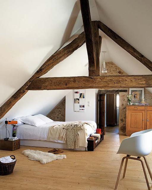 Dormitorios con vigas de madera decoraci n - Vigas de decoracion ...
