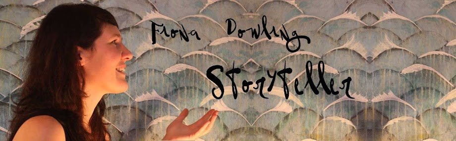 Fiona Dowling is a Dublin-based French-Irish storyteller performing for audiences of all ages