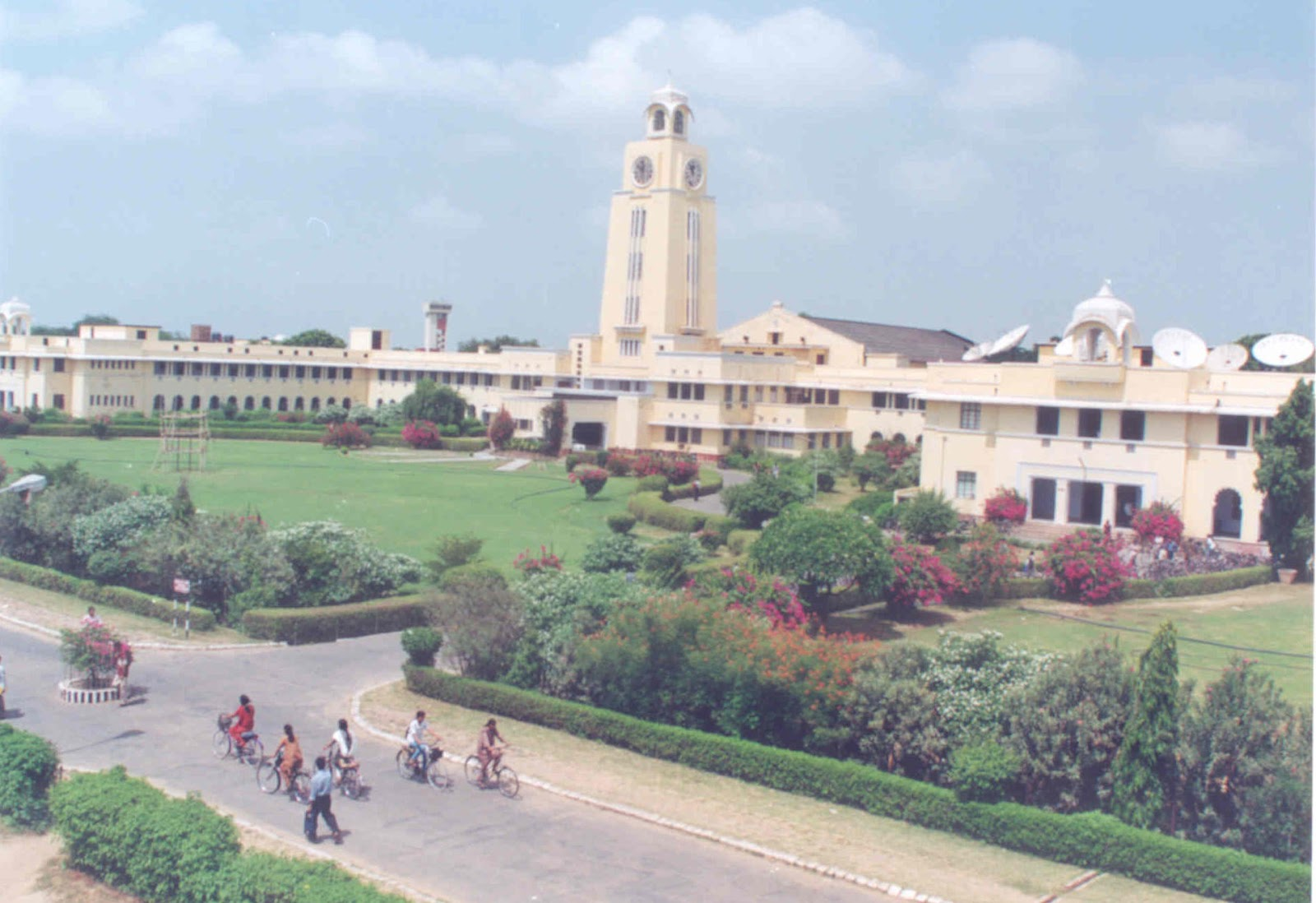 Mathematical Control Theory I: Nonlinear and Hybrid Bits pilani hyderabad campus photos