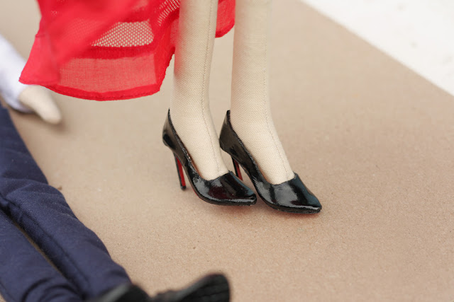 1/6 scale shoes for a doll