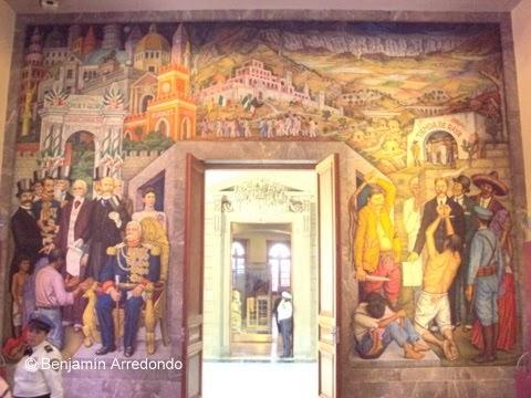 El bable ci aniversario de la revoluci n los murales de for Mural de juan o gorman
