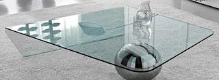 Ideias de decoração, Mesa de apoio em vidro, móvel de vidro