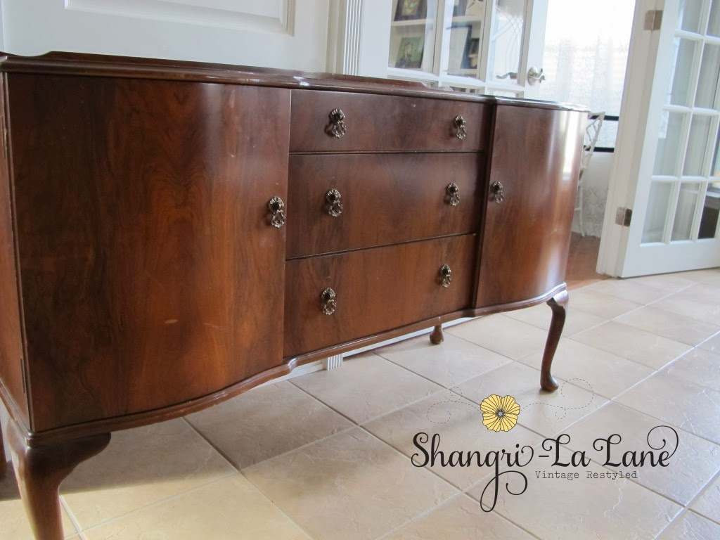 http://www.shangrilalane.com/2012/12/antique-sideboard.html