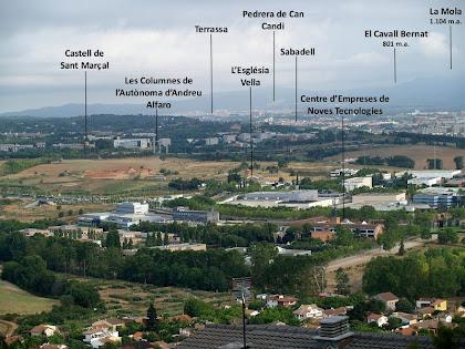 Panoràmica del Vallès des de molt a prop del Puig de la Guàrdia