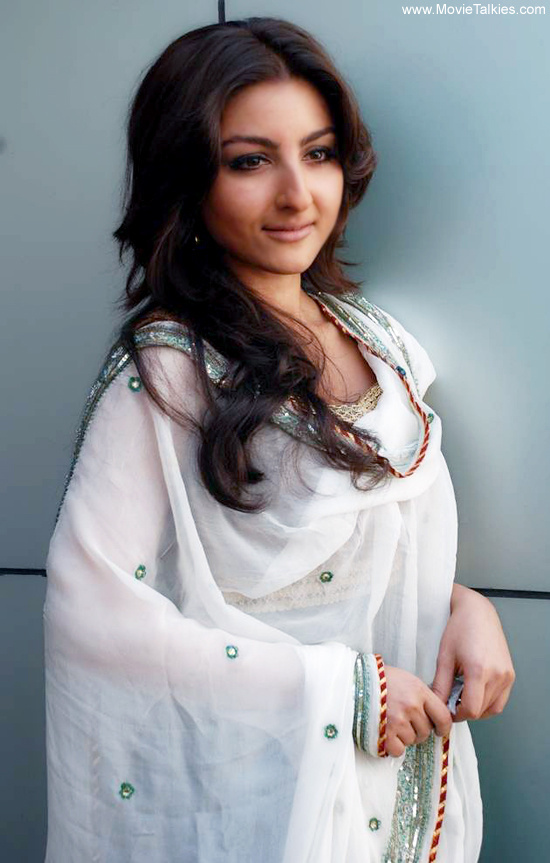 soha ali khan wallpapers. Soha ali khan new cute hot