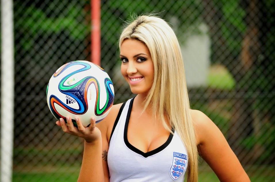 Belas do Mundial 2014 - Rafaela Ribeiro Representando a Seleção Inglesa de Futebol