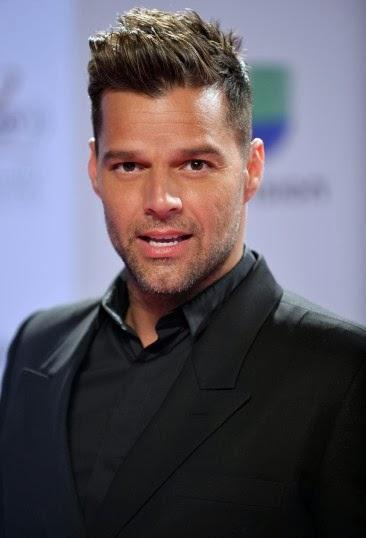 Corte De Pelo De Ricky Martin - Corte de pelo en la mañana Ricky Martin