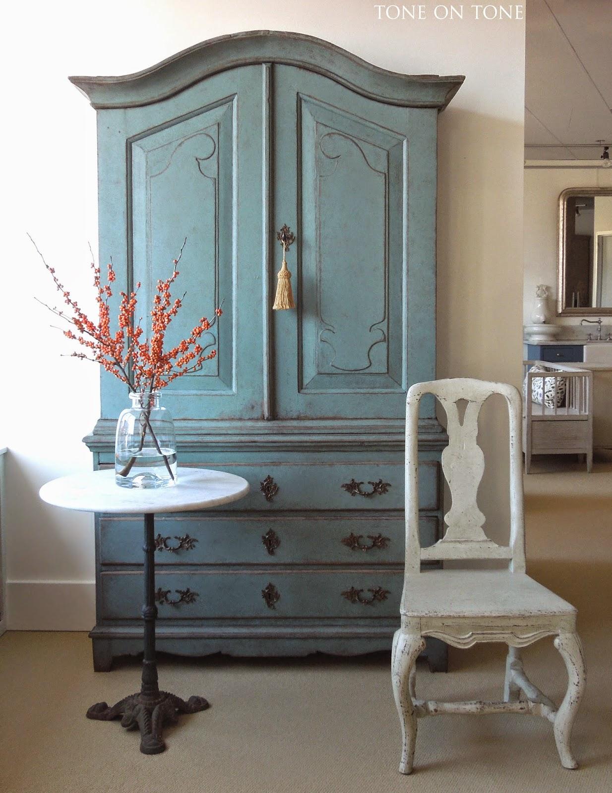 tone on tone december 2014. Black Bedroom Furniture Sets. Home Design Ideas