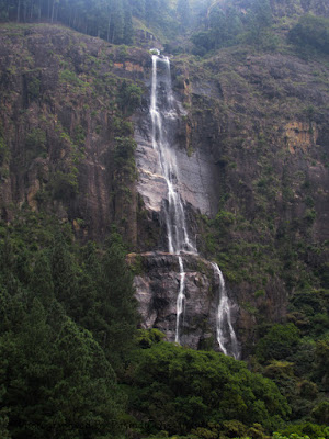 Bambarakanda Falls(බඹරකන්ද ඇල්ල)
