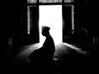 Hukum Mengusap Wajah Setelah Salam