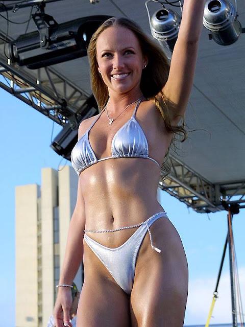micro bikini dance 2008