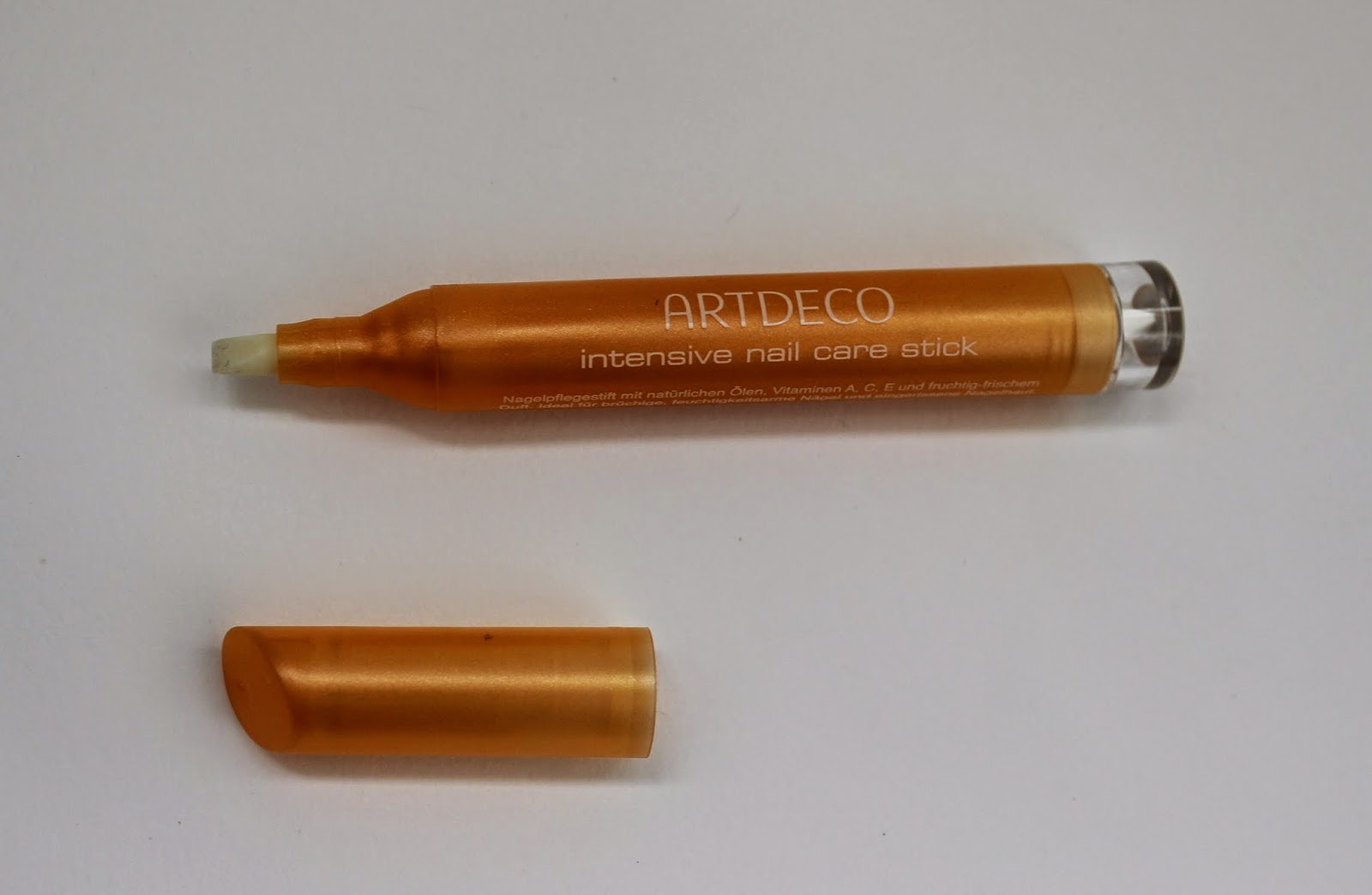 Artdeco intensive nail care stick