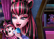 Monster High Baby Feeding