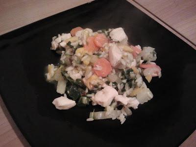 Pollo al curry e verdure con riso thai e grano saraceno