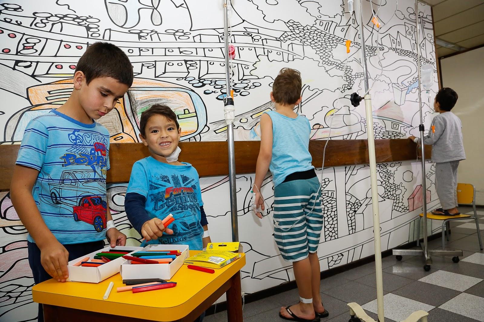 Papel de parede para pintar no hospital pequeno princ pe for Papel de pared para pintar