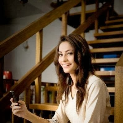 Neelum+Munir+Beautiful+Latest+Pictures+2013006