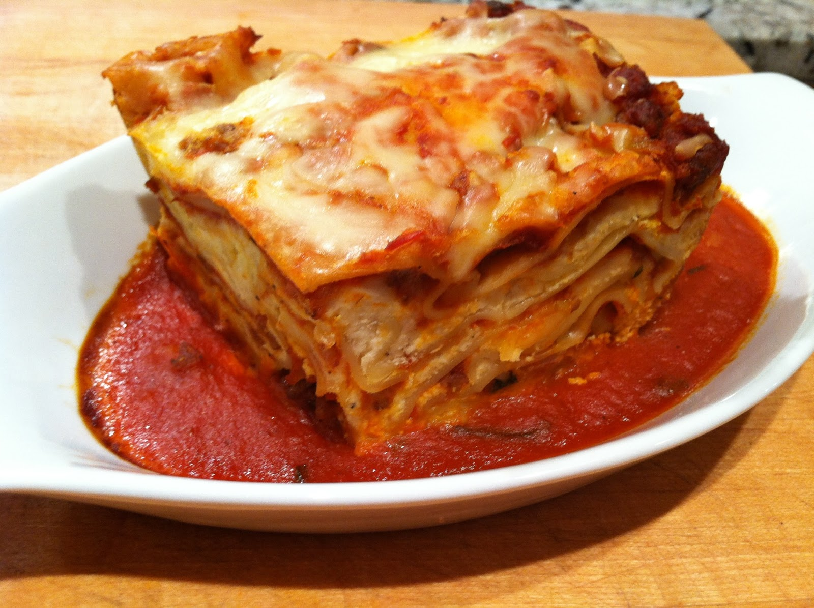 Everything Tasty from My Kitchen: Easy Crock Pot Lasagna