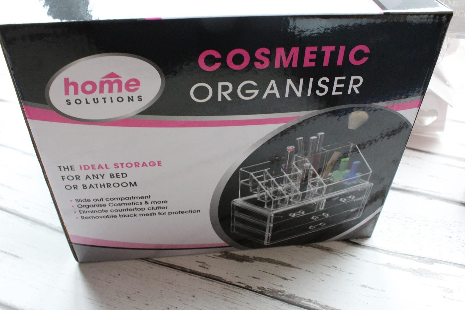 makeup-organiser