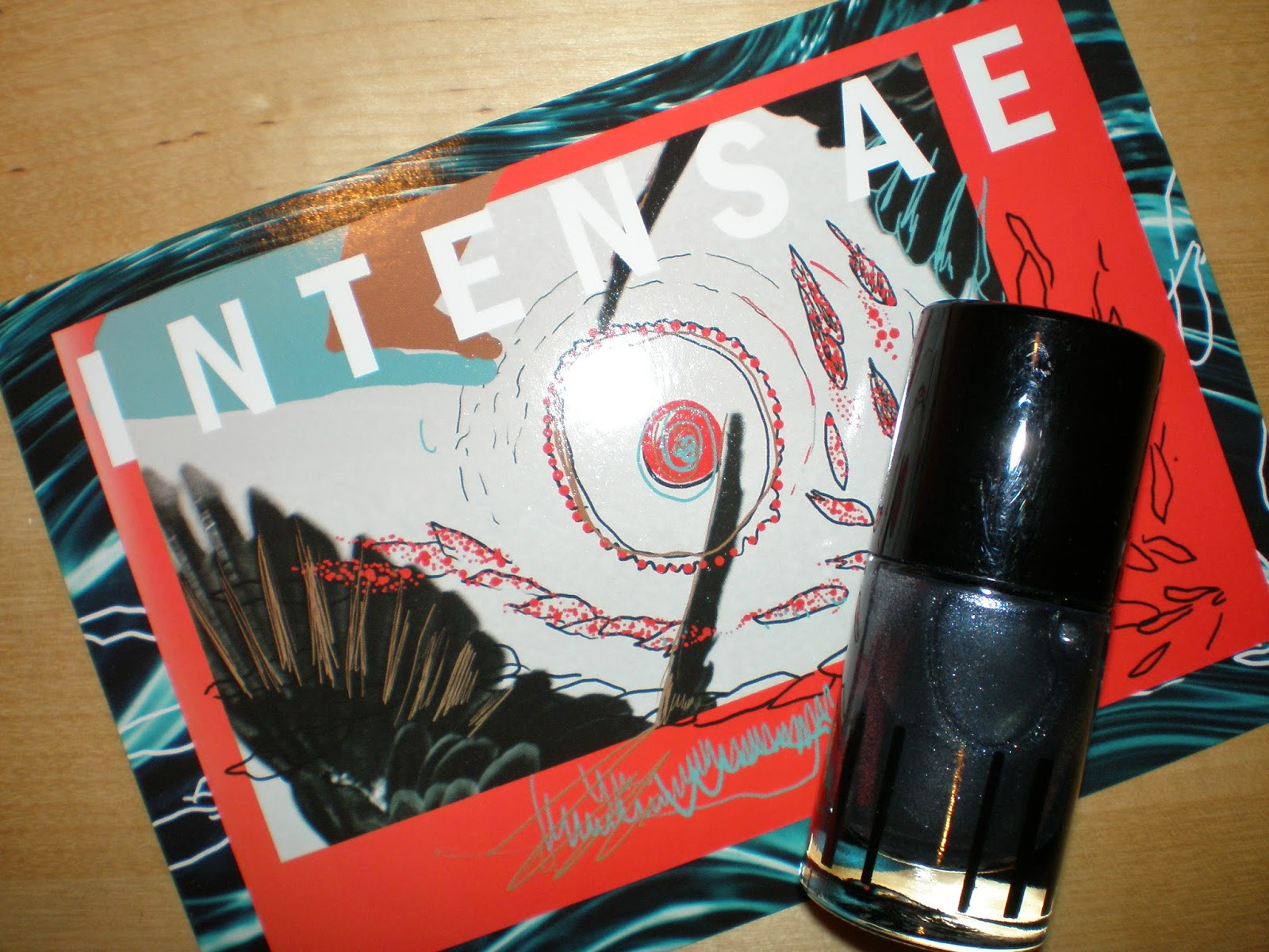 Intensae Nail polish in Obliteration