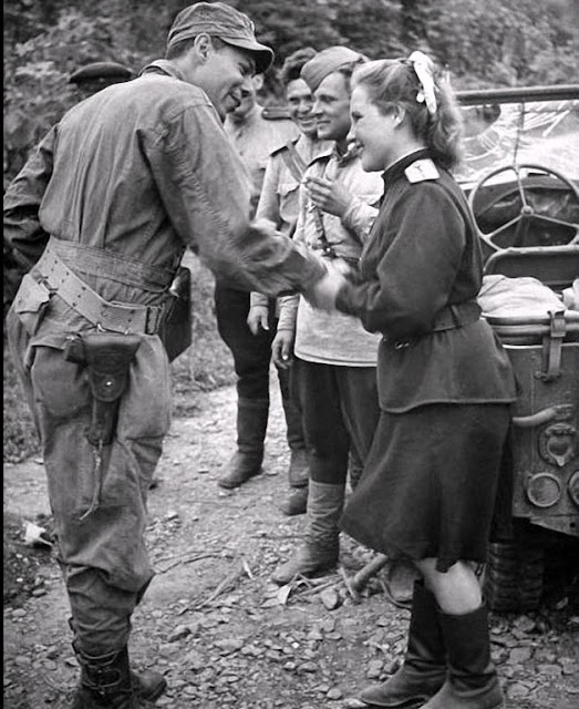 soldier flirting with girl