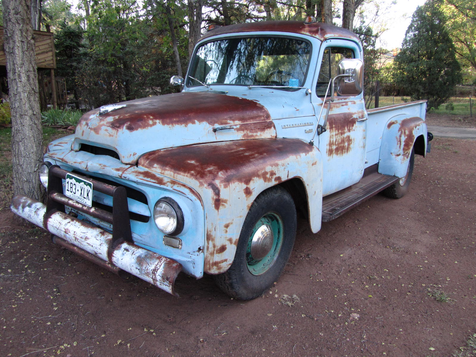 autoliterate: 1953 International pickup & American landscapes