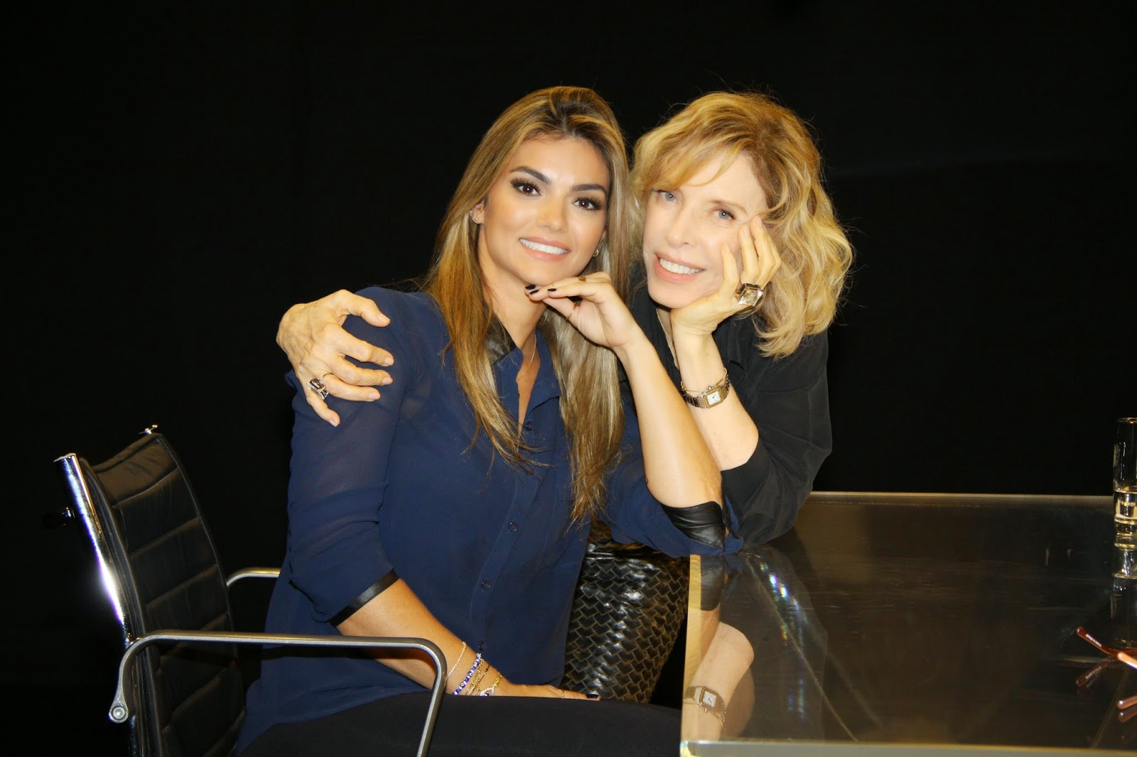 Kelly Key e Marília Gabriela - (Crédito: Carol Soares/SBT)