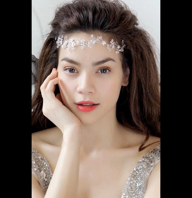 11 bờ môi mỏng gợi cảm của showbiz Việt