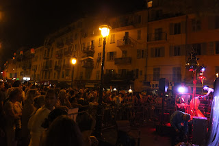 Gay pride street party in Nice - best free and random travel experience