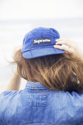Supreme Baseball cap and chambray street style