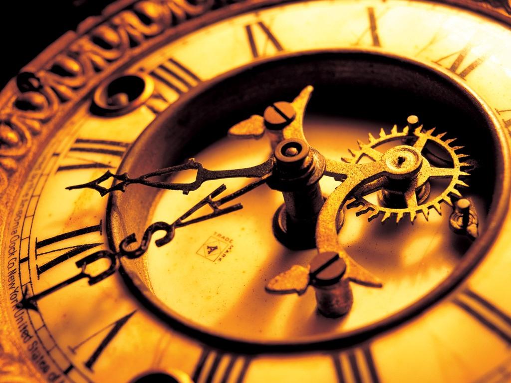 http://4.bp.blogspot.com/-nFWtZ25be1s/TqWWBd7--sI/AAAAAAAAB5U/lILwr4Ys2sw/s1600/Antique_mechanical_clock.jpg