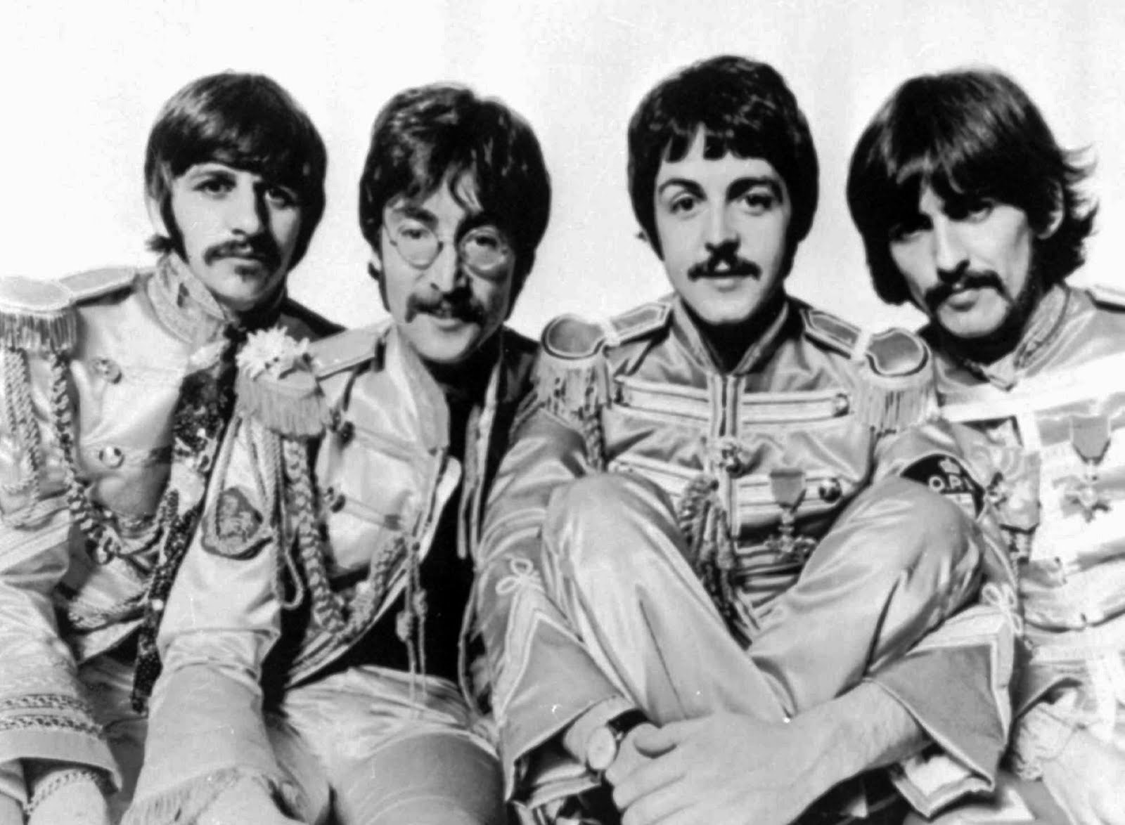 http://4.bp.blogspot.com/-nFXFqiq9LN0/Tq_rwUplyII/AAAAAAAAAp8/x4uzJlhN5QE/s1600/7+The+Beatles.jpg