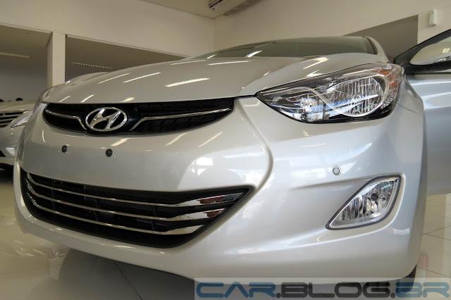 Hyundai Elantra 2014 - sensor de estacionamento dianteiro