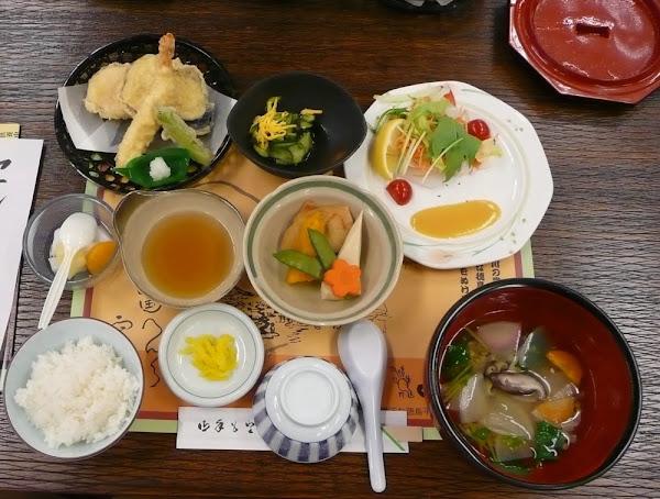 Dinner at Anrakuji