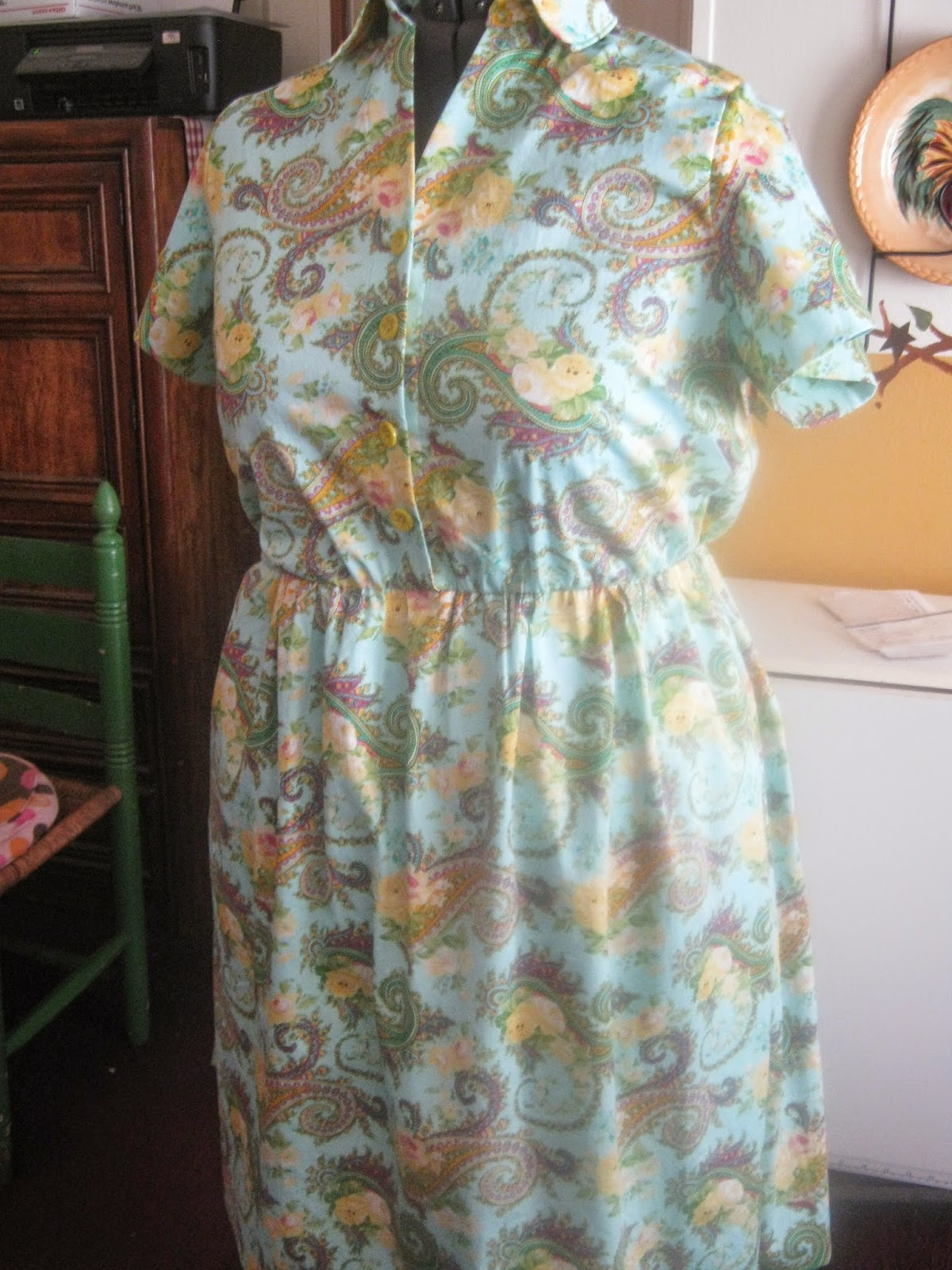 New Look A6180 Aqua Paisley Shirt Dress Front View www.sewplus.blogspot.com