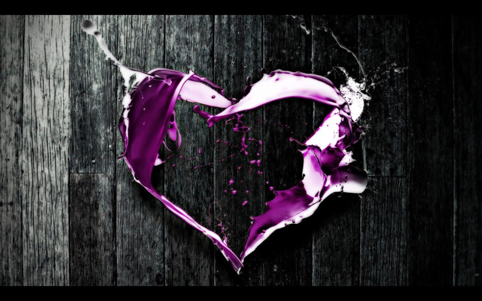 purple heart with black shaded background