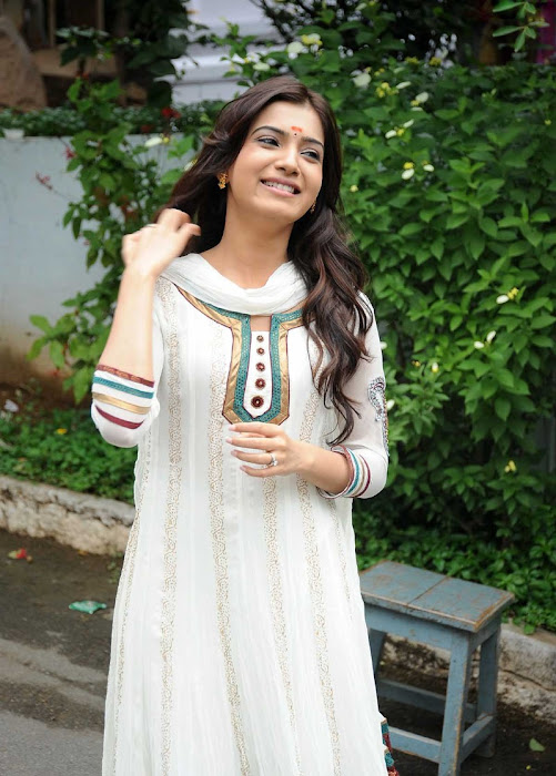 Actress Samantha in Cute in white churidar stills, Churidar Desgins Onlinelatest photos