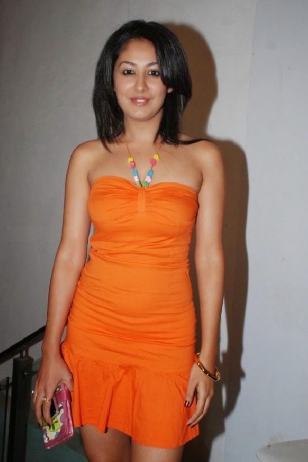 Anjali Pandey orange