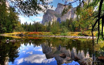 Gambar Pegunungan Ukuran Besar
