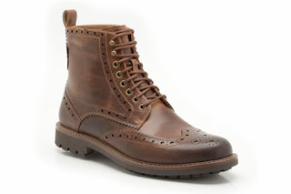 clarks free delivery