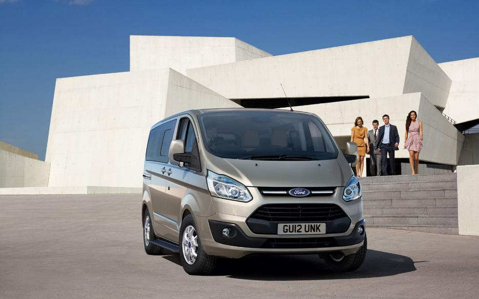 uscartech ford tourneo custom compact van. Black Bedroom Furniture Sets. Home Design Ideas