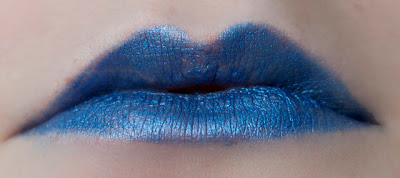 stargazer 105 metallic blue lipstick swatch