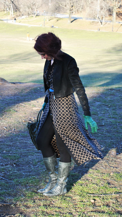 a style of your own blog, green leather gloves, TJ Maxx handbag, thrifted, TJ Maxx boots, H&M, blue belt