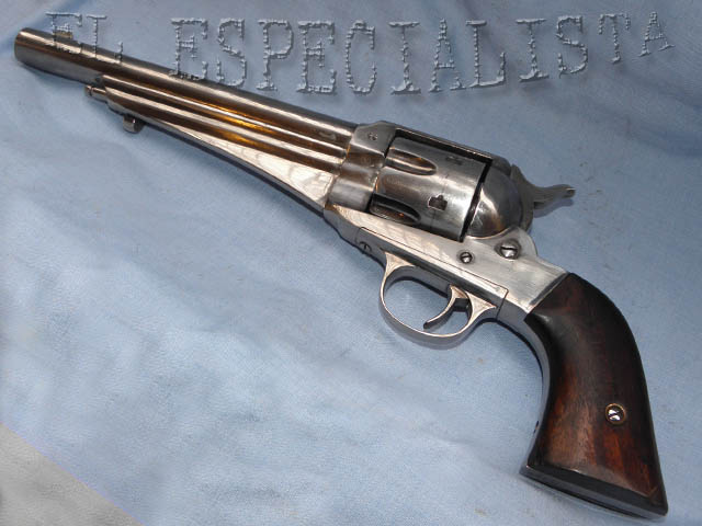 directamente con el revólver Colt Single Action Army modelo 1873