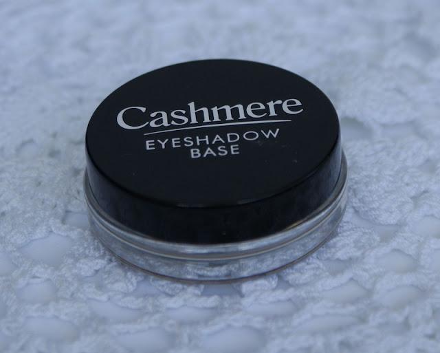 Kaszmirowa utrwalająca baza pod cienie, Dax Cosmetics